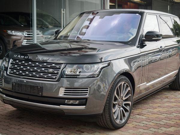 SUV hạng sang Range Rover Hybrid giá hơn chục tỷ đầu tiên tại VN
