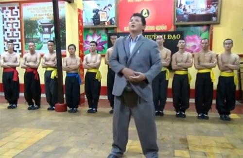 cao-thu-vinh-xuan-khong-chap-nhan-loi-thach-dau-cua-cac-vo-su-viet-1
