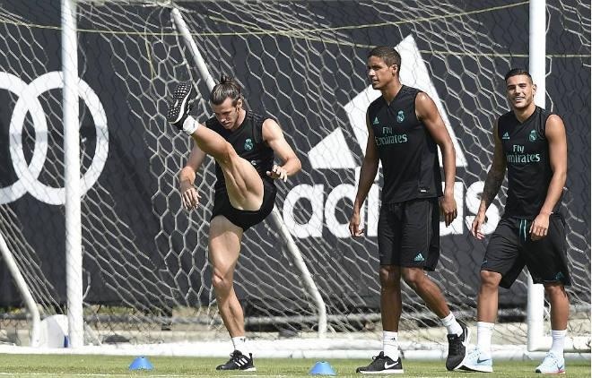 Nội bộ Real: Lật Ronaldo bất thành, Bale dễ bị trảm - 1