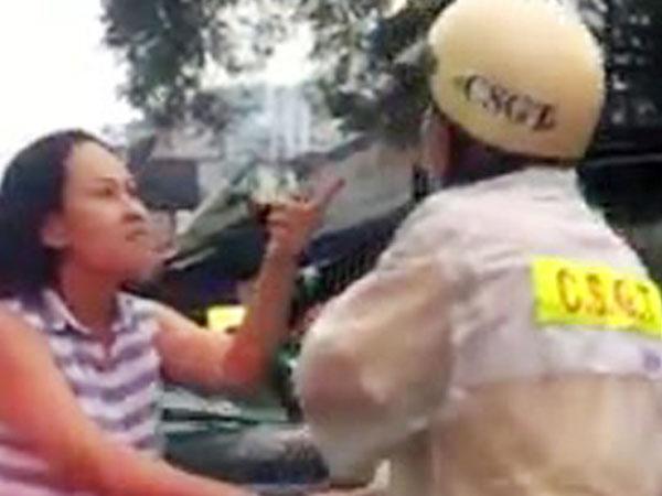 Nữ tài xế lăng mạ CSGT ở Sài Gòn do