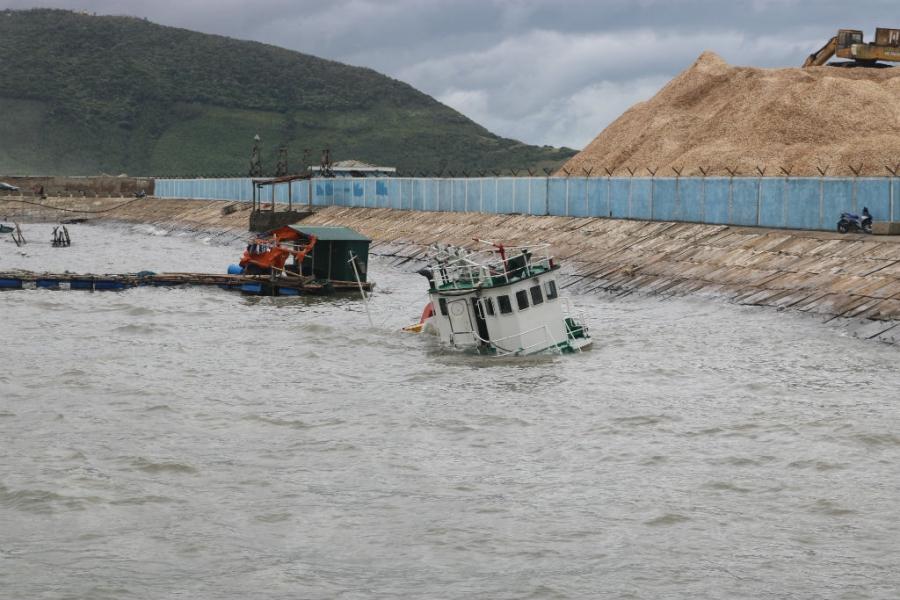 bão số 2, ngư dân Quảng Bình, chìm tàu, Quảng Bình