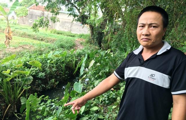 Anh Nguyễn Hữu Cường, phố Quang Giáp, bức xúc trước việc ô nhiễm từ bãi rác