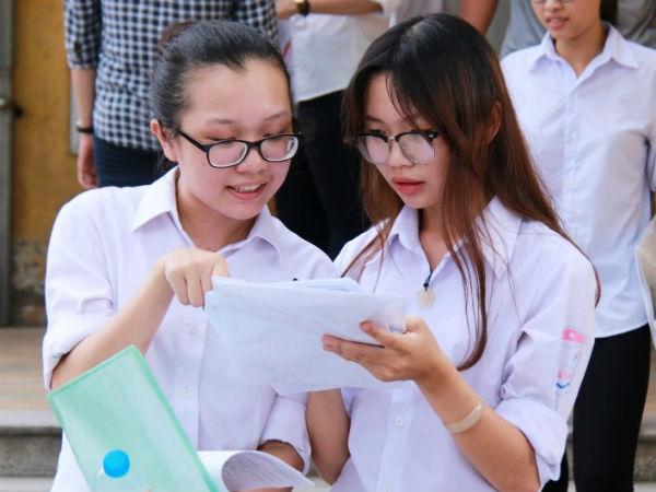 Năm 2018 bỏ điểm sàn: Trường nào hưởng lợi?