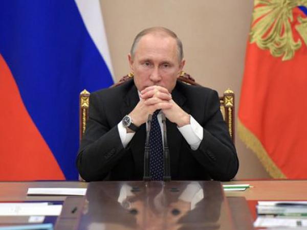 TT Putin tiết lộ khả năng tái tranh cử và việc kéo dài quyền lực