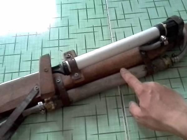 Nam thanh niên bắn cảnh sát bằng súng tự chế