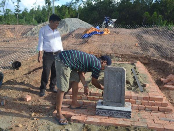 Khởi kiện chủ đầu tư dự án bãi đỗ xe san ủi lăng mộ vợ vua