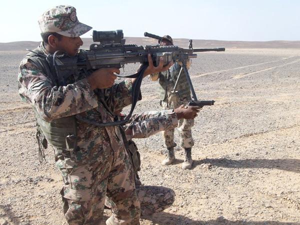 Trận đấu súng đoạt mạng 3 đặc nhiệm Mỹ trước căn cứ Jordan