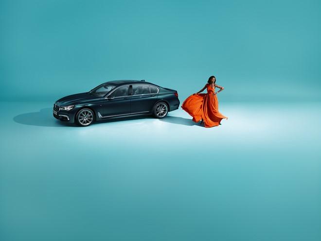 BMW ra mat phien ban dac biet ky niem 40 nam ra doi 7-series hinh anh 2