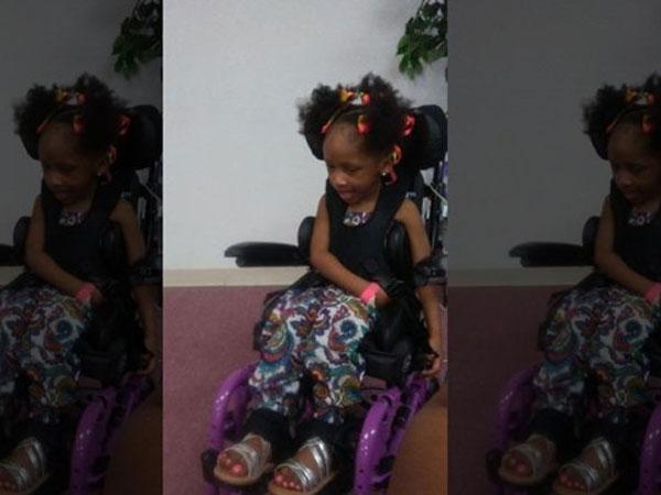 Cô bé 4 tuổi phải ngồi xe lăn cả đời sau khi nhổ răng