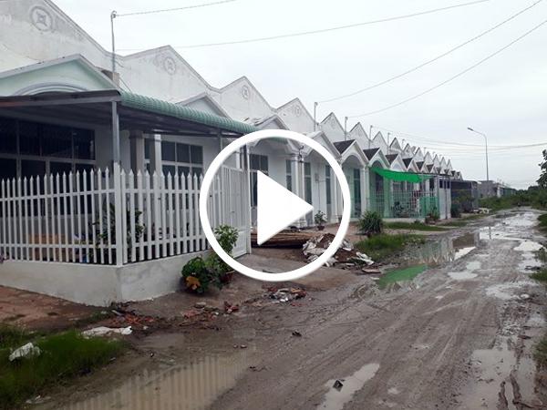 Video Đầu tư hàng chục tỷ đồng xây dựng 43 căn nhà rồi bỏ hoang