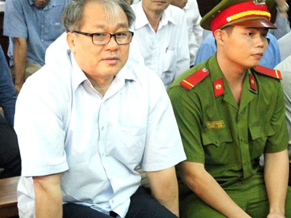 Ông Phạm Công Danh rút hàng nghìn tỷ từ VNCB như thế nào