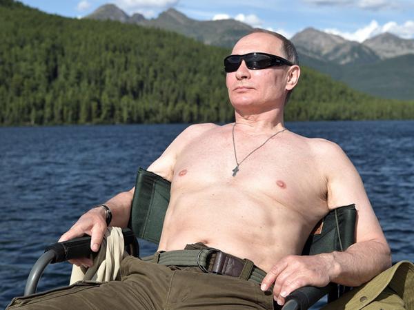 Bơi lặn và câu cá, TT Putin tận hưởng kỳ nghỉ hè tại Siberia