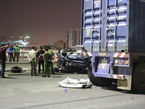 Khởi tố tài xế xe Range Rover gây tai nạn trên cầu Sài Gòn