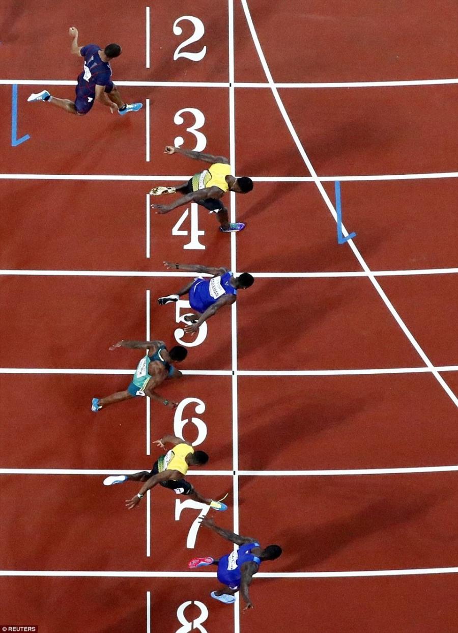Usain Bolt that bai o chung ket 100 m giai vo dich the gioi hinh anh 3