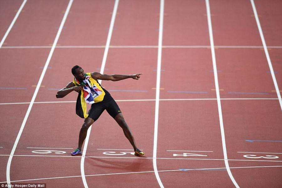 Usain Bolt that bai o chung ket 100 m giai vo dich the gioi hinh anh 9