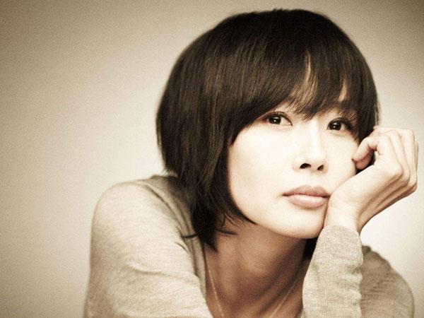 Không chỉ có con gái, Choi Jin Sil đã từng phải lên tiếng khi bị mẹ ruột đối xử thiếu công bằng