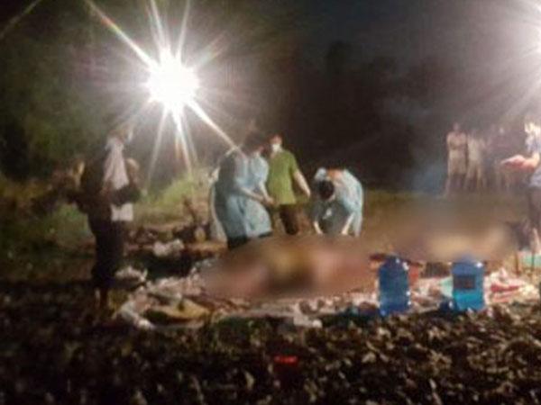 Phát hiện ba thi thể đang phân hủy trôi dạt bên suối