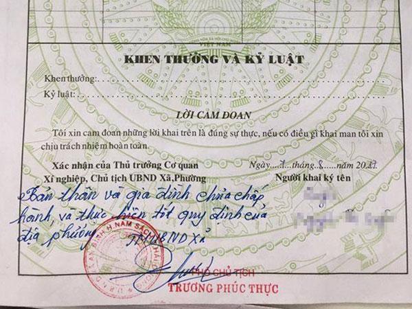 Phó chủ tịch xã sai khi phê bình cả nhà cô gái trong sơ yếu lý lịch