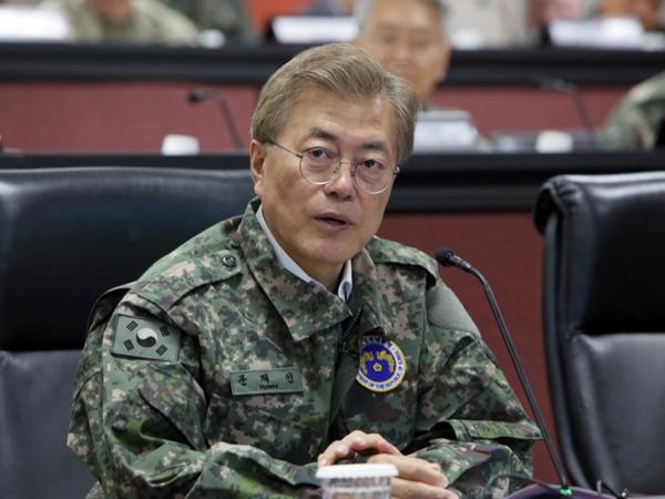 Giữa căng thẳng với Triều Tiên, Hàn Quốc bất ngờ thay 7 tướng 4 sao