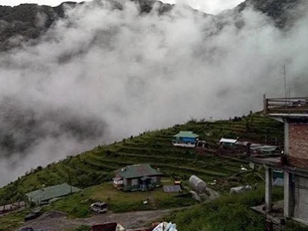 Ấn Độ sơ tán khẩn cấp làng gần biên giới với Trung Quốc