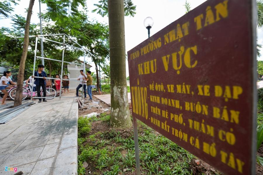 Cac gian hang o pho di bo Trinh Cong Son phai thao do vi dan phan doi hinh anh 12