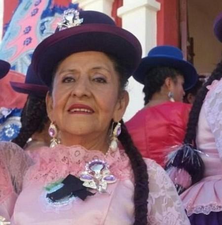 Cụ bà Carmen Chacon bị gia đình bỏ rơi và muốn chôn sống vì không ai muốn chăm sóc bà