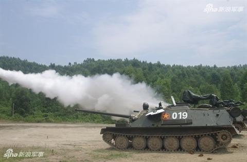 Trung Quoc bat ngo quan tam phao tu hanh ASU-85 Viet Nam