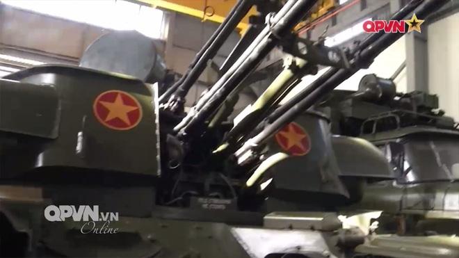 Việt Nam tự chủ hiện đại hóa tên lửa phòng không tự hành tầm thấp - Ảnh 2.