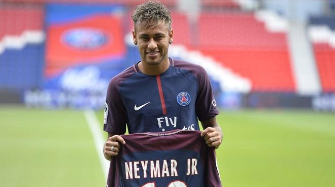 Vu Neymar xuat hien them mot bien co hinh anh 1