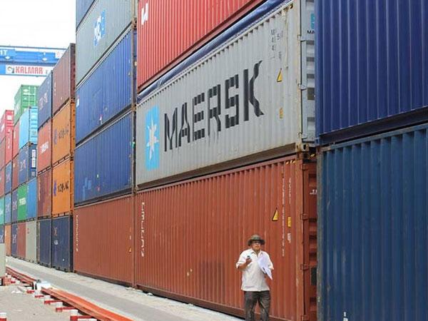Phó thủ tướng yêu cầu điều tra vụ 213 container