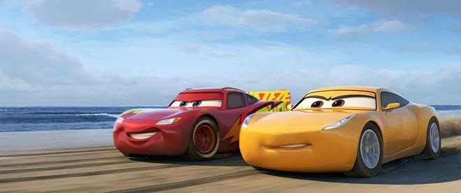 Co gi moi trong phan 3 loat phim 'Cars' dinh dam cua Pixar? hinh anh 4
