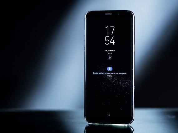 Vi sao iPhone 8 se co gia cao ky luc? hinh anh 3