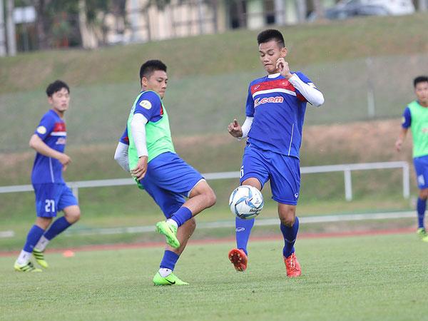"""Malaysia lại """"chơi chiêu"""", U22 Việt Nam phản đối quyết liệt"""
