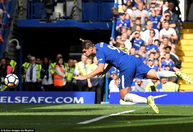Chelsea thất thủ trong trận mở màn 'điên rồ' giải Ngoại hạng Anh - ảnh 2