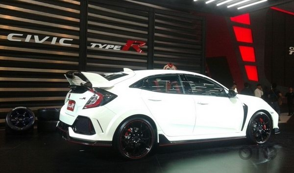 honda civic type r gia tu 1,69 ty dong o dong nam a hinh anh 4