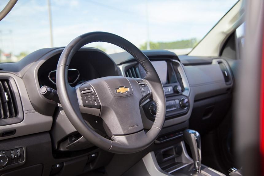Danh gia Chevrolet Colorado 2017 gia 839 trieu dong tai Viet Nam hinh anh 8