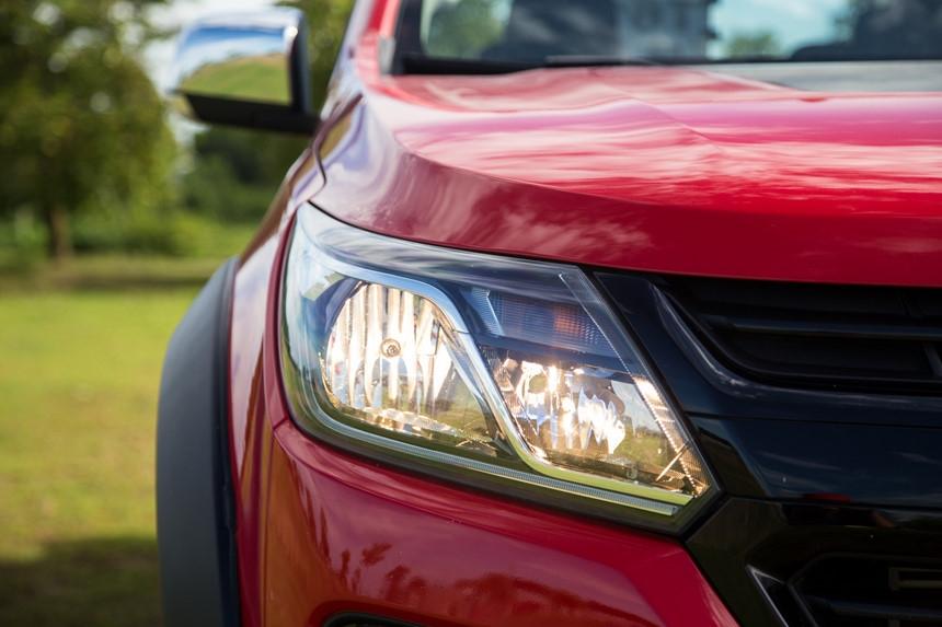 Danh gia Chevrolet Colorado 2017 gia 839 trieu dong tai Viet Nam hinh anh 12