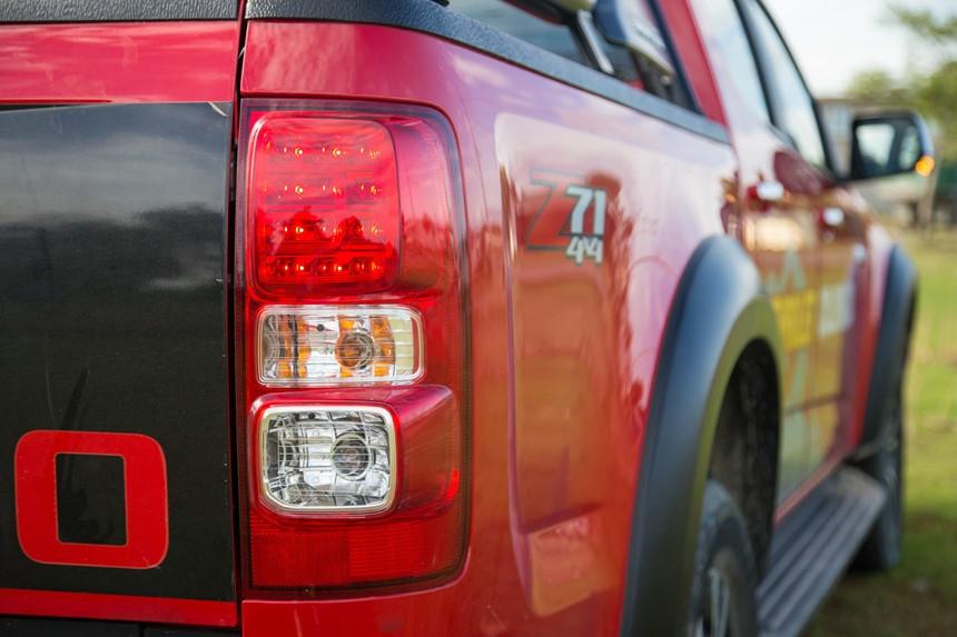 Danh gia Chevrolet Colorado 2017 gia 839 trieu dong tai Viet Nam hinh anh 13