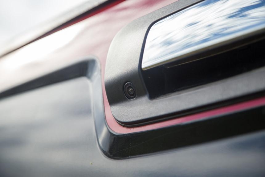 Danh gia Chevrolet Colorado 2017 gia 839 trieu dong tai Viet Nam hinh anh 14