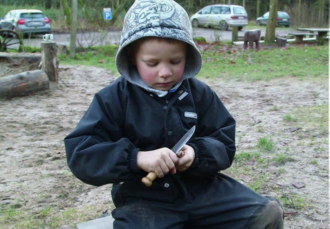 Tìm hiểu căn nguyên của những phương pháp nuôi dạy con lạ đời trên thế giới - Ảnh 3.