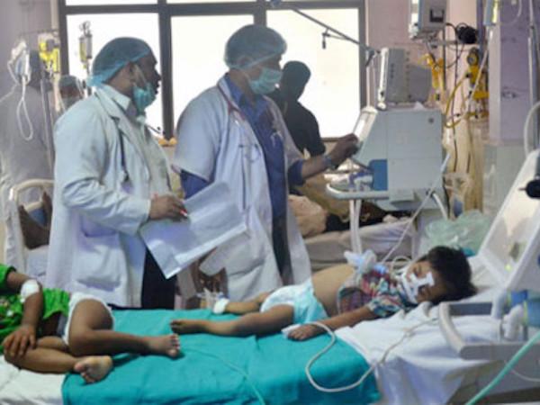 Ấn Độ tiết lộ nguyên nhân khiến 60 trẻ em tử vong tại Uttar Pradesh