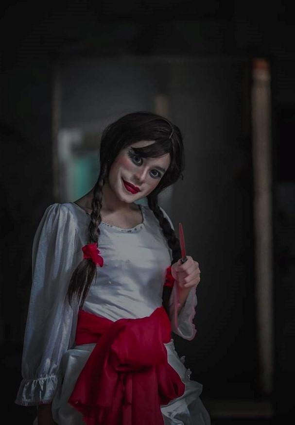 9X Sai Gon cosplay Annabelle bi fan Michael Jackson nem da hinh anh 2