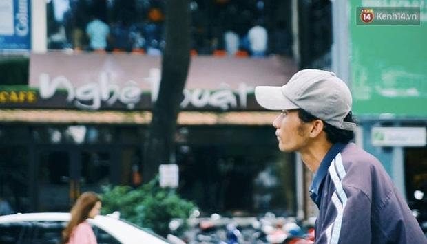 Chuyện cảm động về anh shipper khuyết tật giọng nói, đạp xe hàng chục km mỗi ngày để giao hàng khắp Sài Gòn - Ảnh 7.