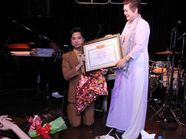 Hội Nghệ nhân và thương hiệu Việt Nam sẽ thu hồi bằng khen của Ngọc Sơn