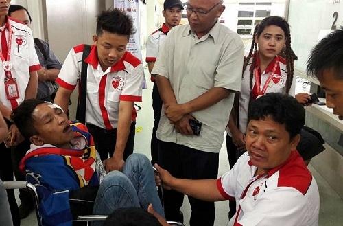 cdv-myanmar-bi-cuop-va-hanh-hung-sau-tran-gap-malaysia-1