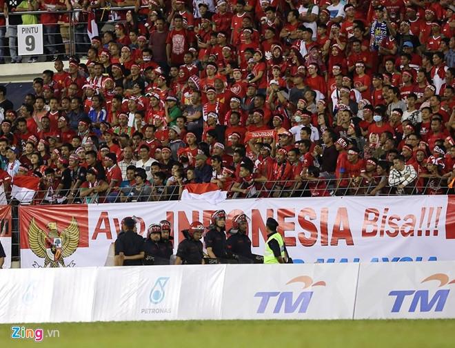 Choi hon nguoi, U22 Viet Nam van hoa Indonesia vi khau dut diem hinh anh 2