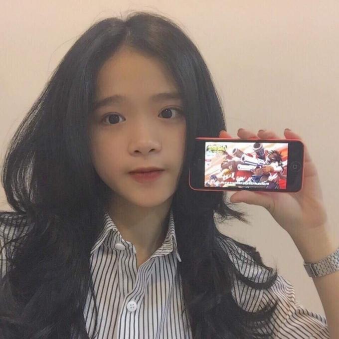 Linh Ka, từ 'hotface' Hà Thành đến hot girl ồn ào của làng game - ảnh 2