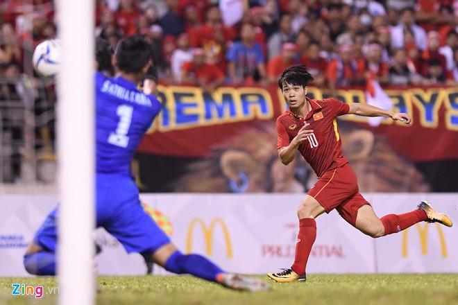 U22 Viet Nam 0-0 U22 Indonesia (H2): Indonesia con 10 nguoi hinh anh 2