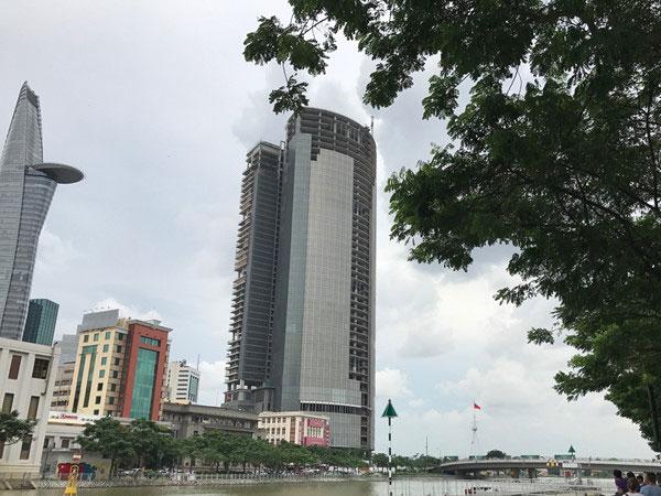 Tòa nhà cao thứ 3 Sài Gòn bị siết nợ, khách mua căn hộ bị bỏ rơi?