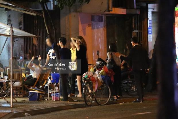HOT: Bắt gặp Hà Hồ - Kim Lý tay trong tay đi ăn đêm rồi cùng về chung một nhà - Ảnh 6.